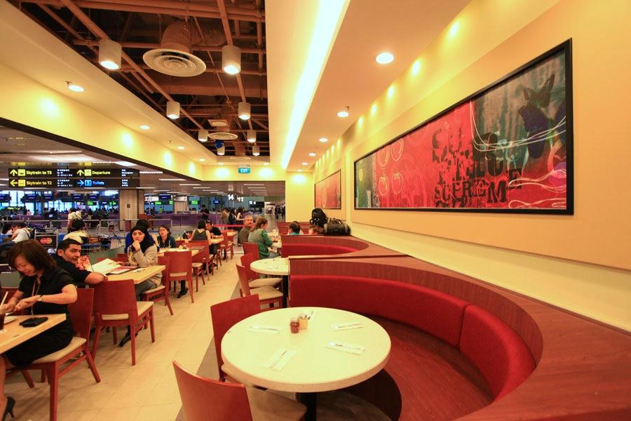 Pizza hut restaurant changi airport terminal 1 singapore for Pizza restaurants