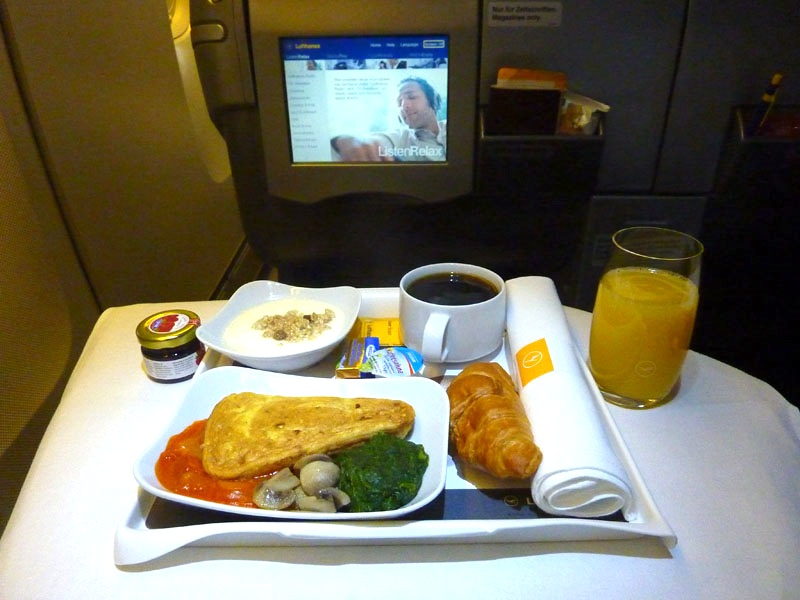 Lufthansa Meal Bkk-Frt | wishURhere