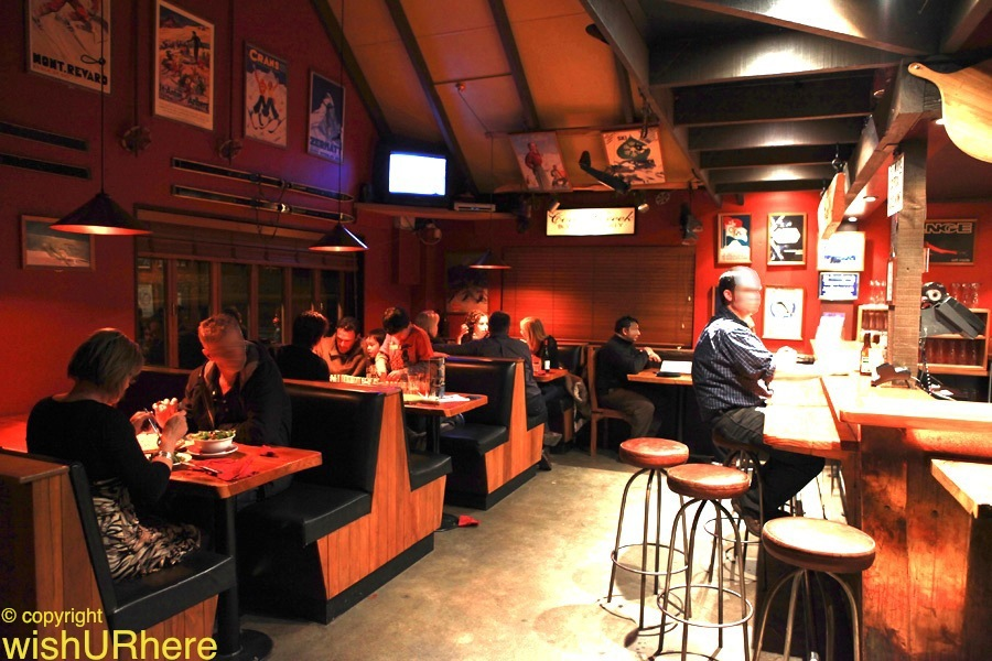 Pepes pizza pasta restaurant tekapo new zealand for Pizza restaurants