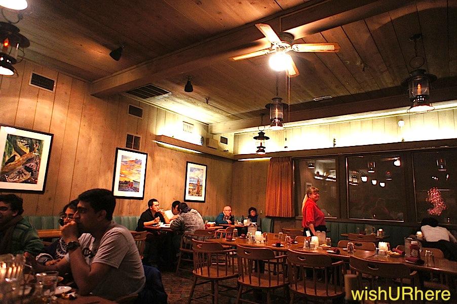 Stovepipe Wells Village, Saloon Restaurant Death Valley USA ...
