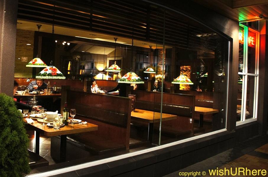 Brazz bar and restaurant queenstown new zealand wishurhere for Bar food queenstown