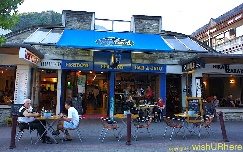 Fishbone grill queenstown new zealand wishurhere for Bar food queenstown