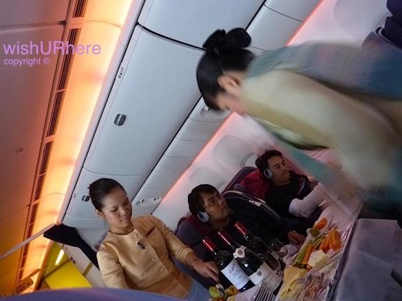 Meal on Thai TG 492 AKL-Bkk