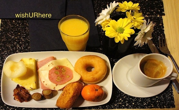 Breakfast NastasiBasic Hotel Zaragoza Spain