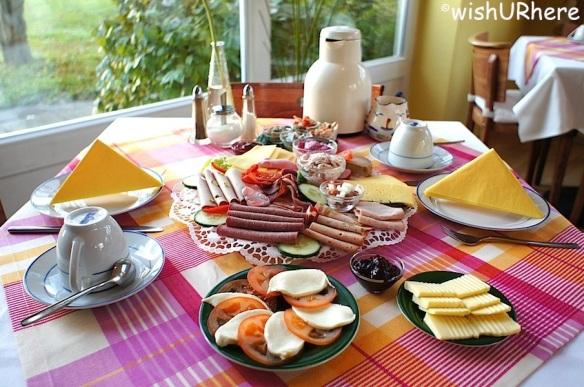 Hotel Am Wind Breakfast