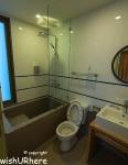 Baan San kraam Bathroom