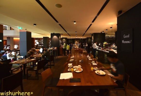 four-seasons-hotel-sydney-breakfast-1