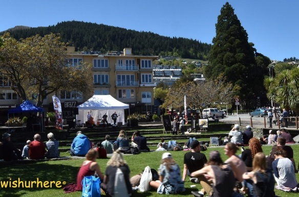 queenstown-jazz-festival-2016-at-village-green